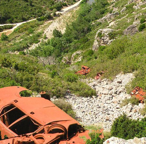 08 Les Francais jette leur voiture